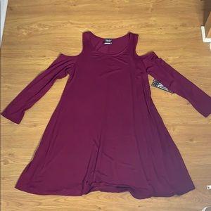 Size X-Large Wine Purple Cut Out flowing dress